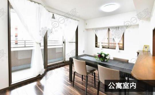 日本大阪市北区梅田北公园前公寓