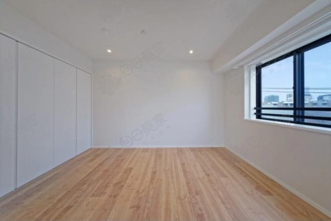 日本东京都新宿区目白顶层3居室公寓