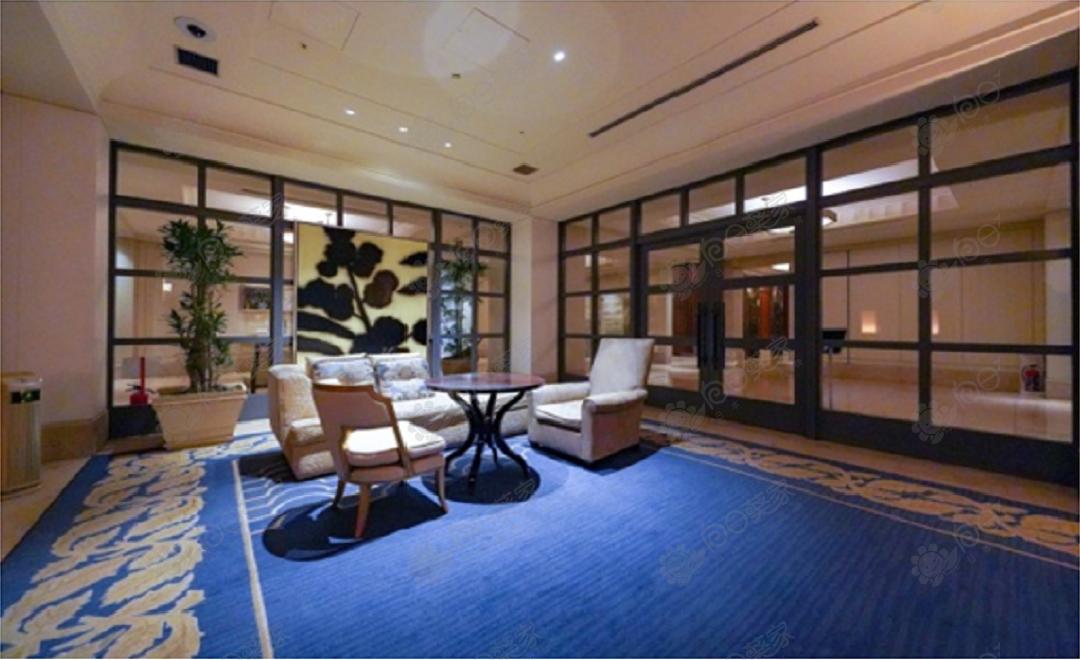 日本东京都港区东新桥高级塔楼2居室公寓