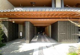 日本京都市下京区四条河原町2居室公寓