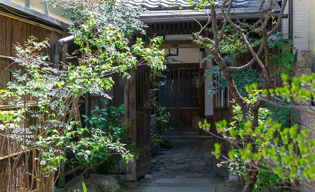 日本京都市北区鸭川沿岸京町屋